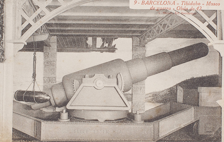 Detall de l'obús de 42 mil·límetres de la sala central